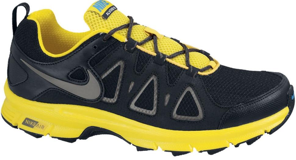 H-Nike-525757-002-Zoom