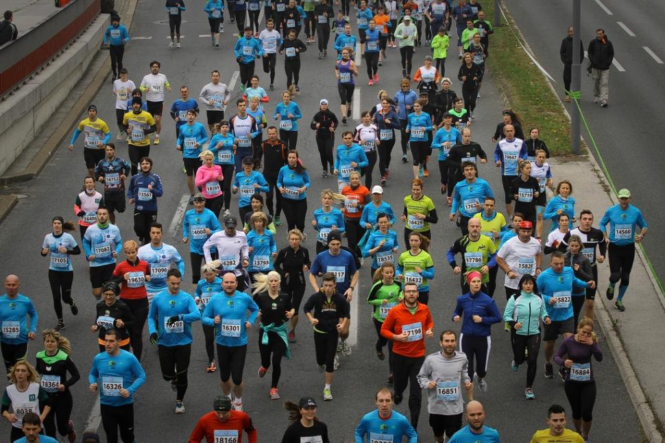 Ljubljanski maraton tek na 21 kilometrov 25.10.2015 Ljubljana Slovenija [maratoni,rekreacija,21 kilometrov,Ljubljana,slovenija]