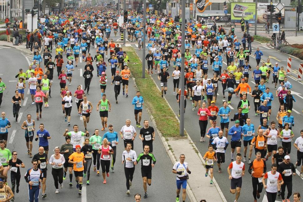 Ljubljanski maraton tek na 42 kilometrov 25.10.2015 Ljubljana Slovenija [maratoni,rekreacija,42 kilometrov,Ljubljana,Slovenija]