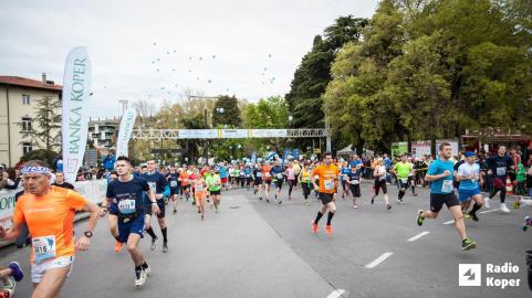 Štart polmaratona (Foto: Radio Koper/ RTV)