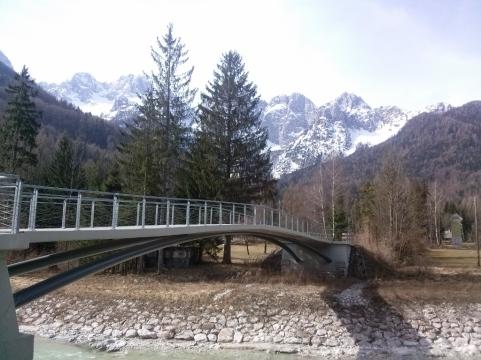 Nov kolesarski most v Gozd Martuljku
