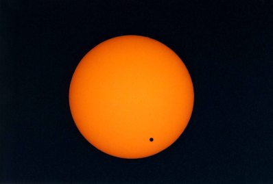 Vir: http://web.williams.edu/Astronomy/eclipse/transits/transitofvenus.htm