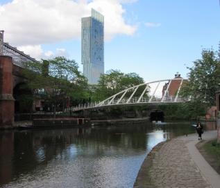 157 m visoki Beetham tower: v njem je trenutno hotel Hilton