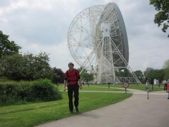 Človek-palček, teleskop-velikan