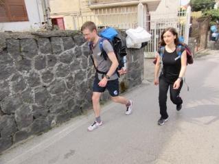 Gremo peš na Vezuv