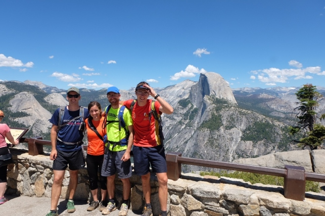 Glacier point s Half Domov v ozadju