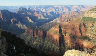 Na tem mestu je Grand Canyon širok 28 km