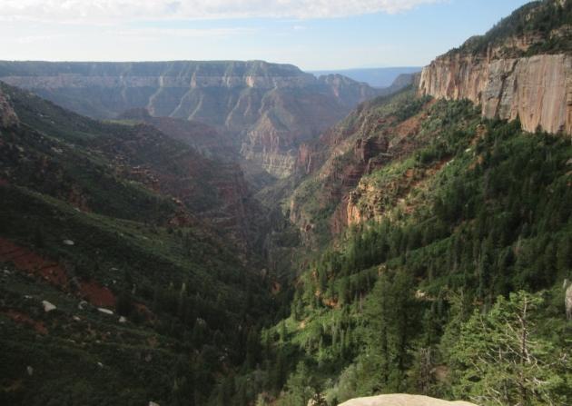 stranski kanjon največjega stranskega kanjona Grand Canyona