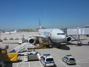 Naša Ptica za v Ameriko (A330)