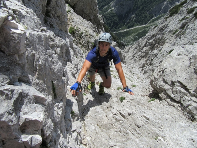 Krušljiva pot na Mrzlo goro