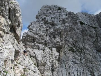 Tudi na to stran Logarske doline je pot Krušljiva