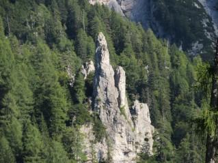 Skalni stolp pod Kepo