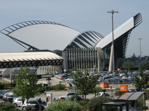 Letališče v Lyonu - Saint-Exupéry - nosi ime pisca znamenite Malega princa