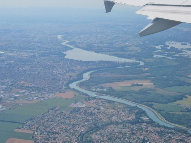 Lyon z reko Rono