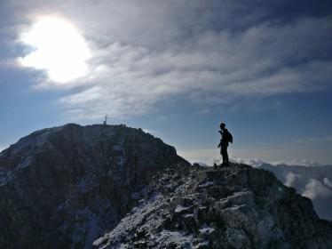 Tik pod vrhom Montaža