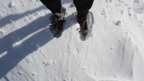 Vezalke so mi tako zamrznile, da jih mogel več odvezat, dokler nisem sestopil v ddolino