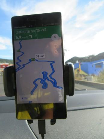 Ovinkasta cesta v Anago