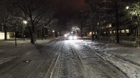 Nočna snežna romantika