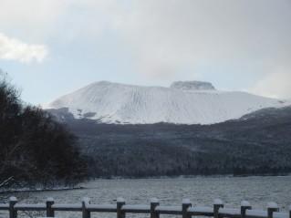 Mount Tarumae iz Shikotsu Kohana