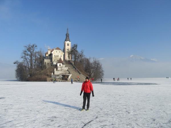 zamrznjeno-blejsko-jezero-72