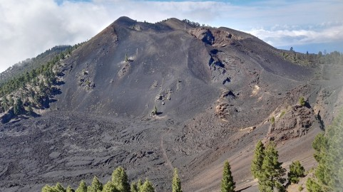 Čez vulkane gori in doli