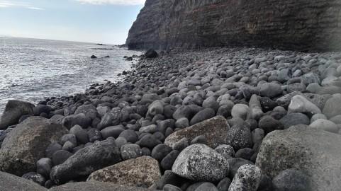 Kamnita plaža