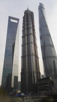 Shanghai Worold Financial Center (492 m), Jin Mao Tower (421 m), Shanghai Tower (632 m)