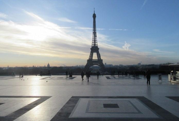 Eifflov stolp zjutraj s Trocadera