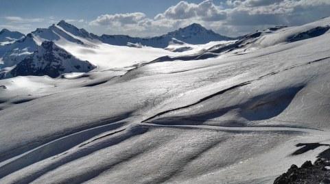 Ledneik pod Elbrusom