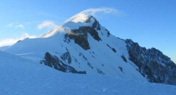 Zelo močan veter na vrhu Mont Blanca
