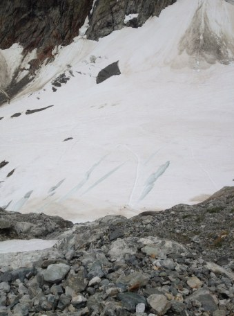 Pot čez ledenik Maige