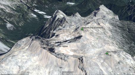 Vršna zgradba Triglava je v programu Google Earth narisana popolnoma narobe