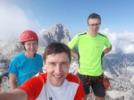 Selfie na vrhu gore