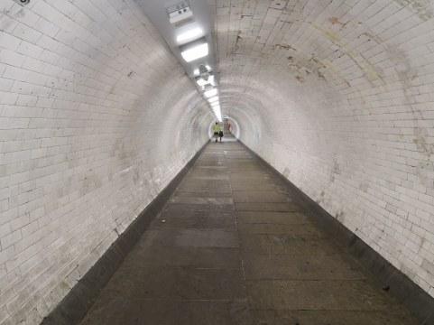 Tunel pod Temzo