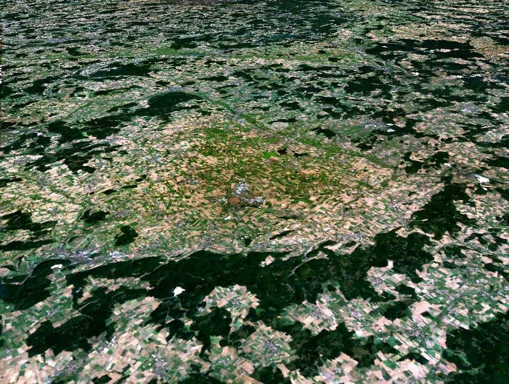 24 km velik udarni krater Ries je najbližji Sloveniji (foto: Wikipedia / Google Earth)